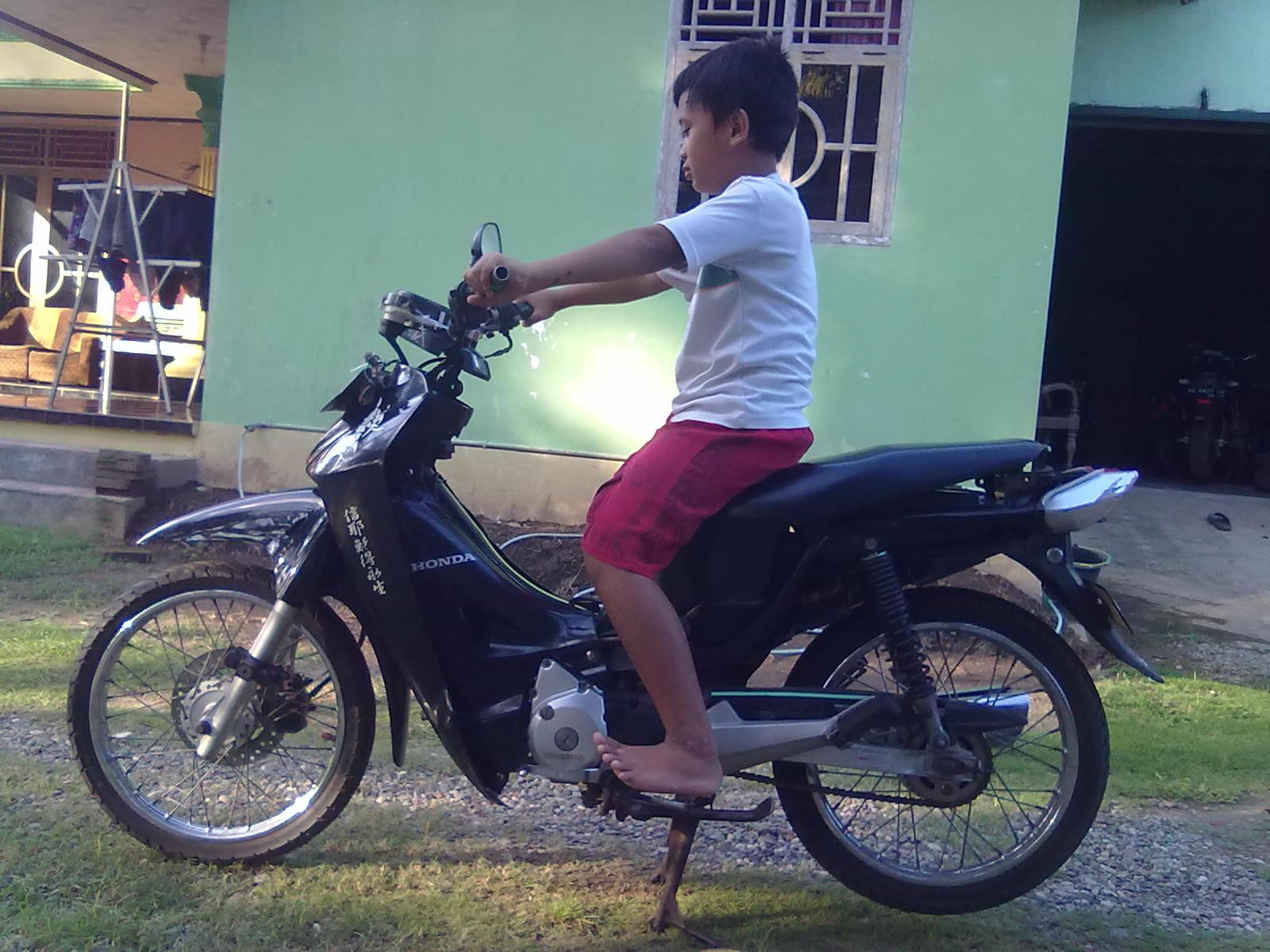Modifikasi Stang Motor Honda Vario Lampak Modifikasi
