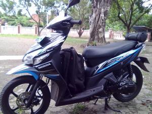AE957
